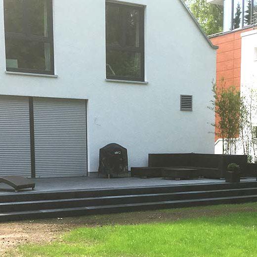 Terrasse aus Betonsteinen bauen und verlegen